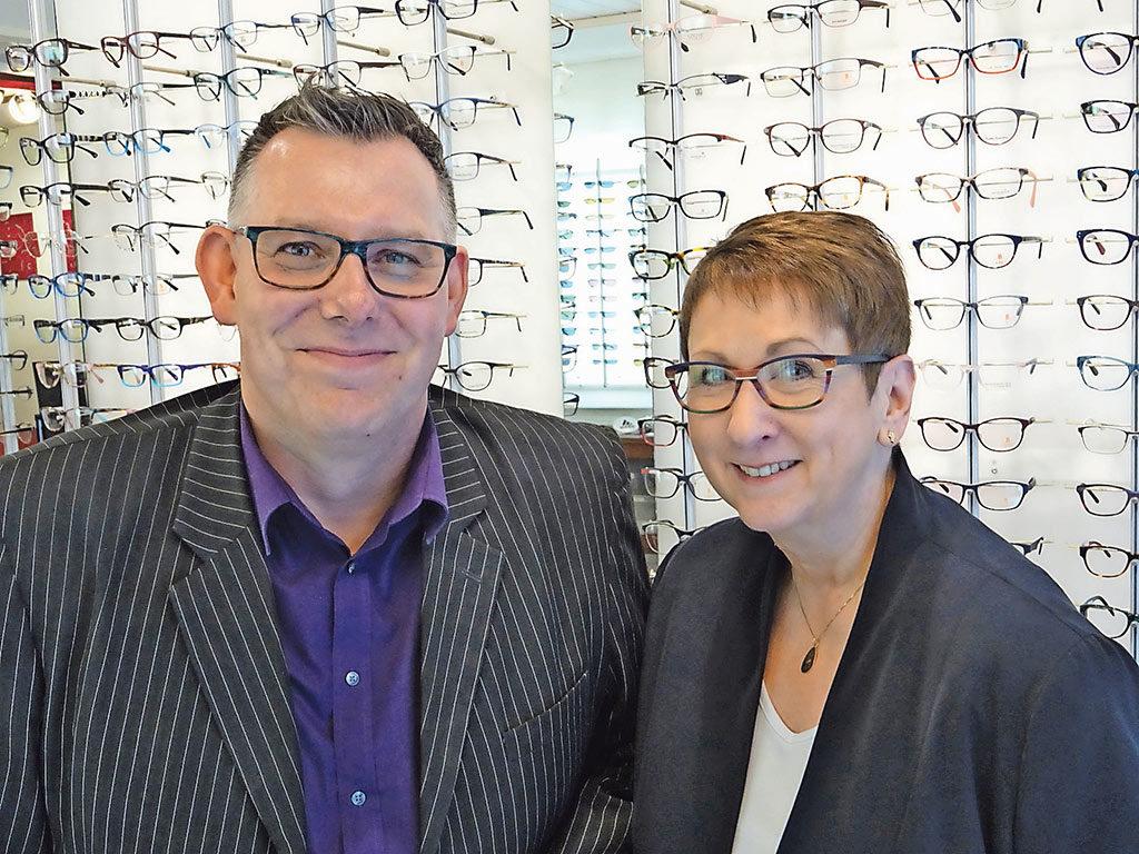 Neue Brille Aarau   Markus Wittig und Margot Reider