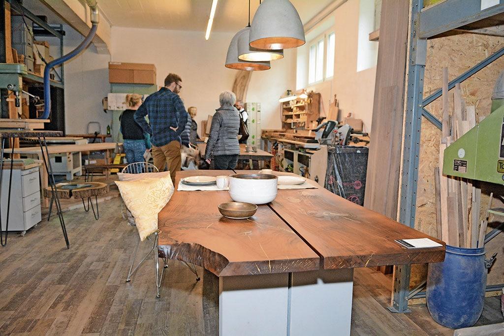 Tische, Möbel und Keramik bei Holzstangl | Landanzeiger-Shopping