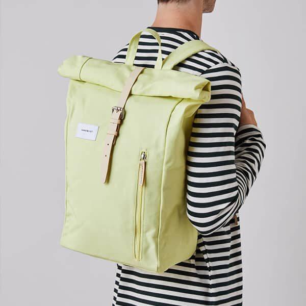 Sandqvist Backpack Dante yellow/lemon 02 | Landanzeiger-Shopping